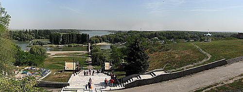 Азов. Вид на слияние Азовки и Дона.