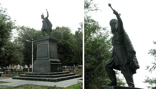 Новочеркасск, памятник Платову