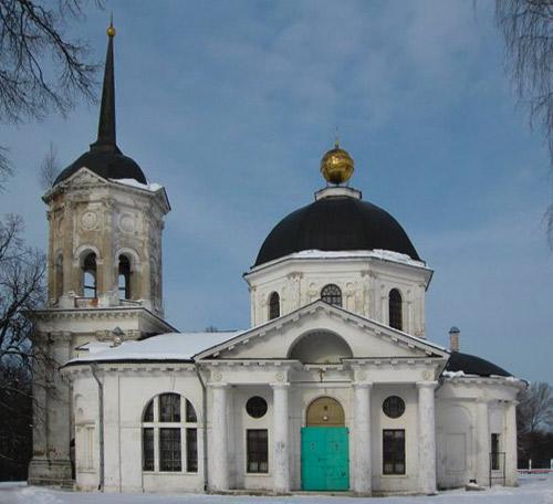 Церковь Екатерины на территории усадьбы Гончаровых.