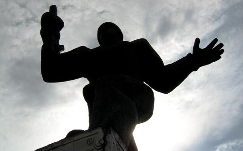 Мемориальный комплекс в честь односельчан, погибших в борьбе с немецко-фашистскими захватчиками в селе Никольское Смоленской области