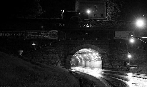Туннель под шлюзом